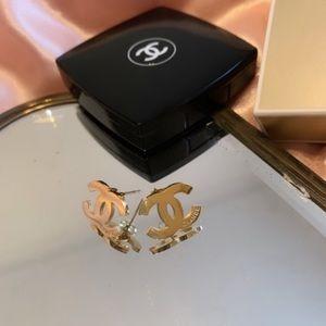 C H A N E L❣️ earrings new